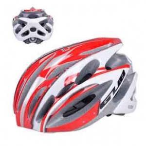サイクリングヘルメット 快適フィッティング設計モデル!