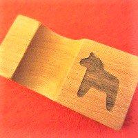 木製ダーラナホースの箸置き/黒 (馬 ウマ うま)*メール便OK* /木の箸おき/木のはし置き/木のはしおき