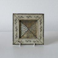 【P.O.R 価格はお問い合わせください】Rut Bryk   / ルート・ブリュック   陶板(オリーブ W15.5cm)
