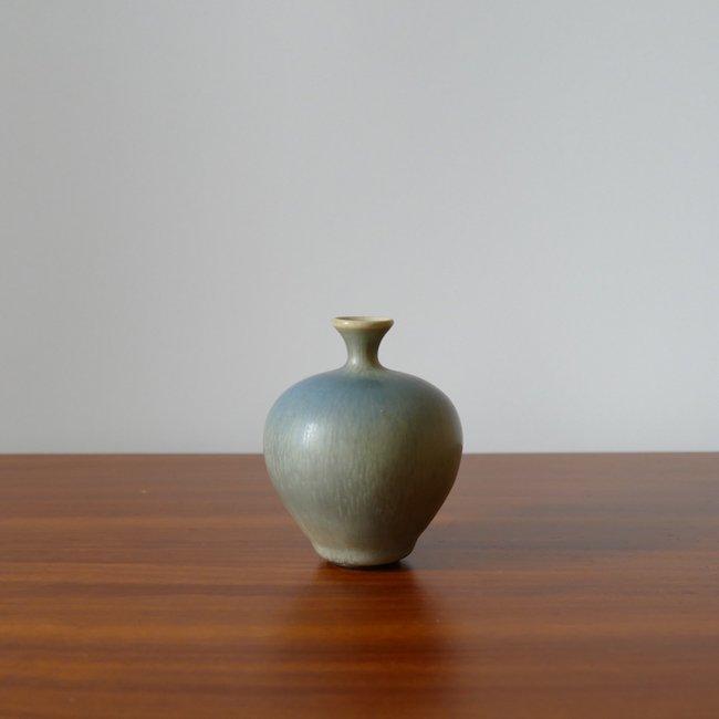Gustavsberg Berndt Friberg  /  グスタフスベリ  ベルント・フリーベリ 水浅葱色花器