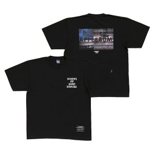 "【APPLEBUM】""SCHOOL OF HARD KNOCKS"" T-SHIRT"