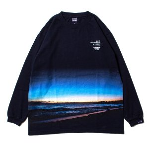 "【APPLEBUM】""SUNSET BEACH"" L/S T-SHIRT<img class='new_mark_img2' src='//img.shop-pro.jp/img/new/icons5.gif' style='border:none;display:inline;margin:0px;padding:0px;width:auto;' />"