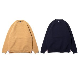【APPLEBUM】SLIT WIDE SWEATER<img class='new_mark_img2' src='https://img.shop-pro.jp/img/new/icons5.gif' style='border:none;display:inline;margin:0px;padding:0px;width:auto;' />