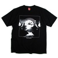 【NINE RULAZ】PEACE OVER WAR TEE