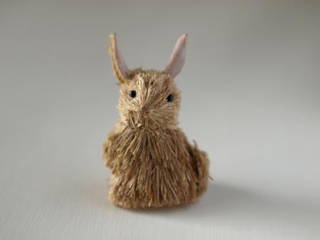 藁のウサギ