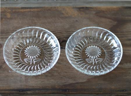 ヒマワリのガラス小皿