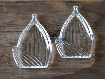 タケノコのガラス小皿