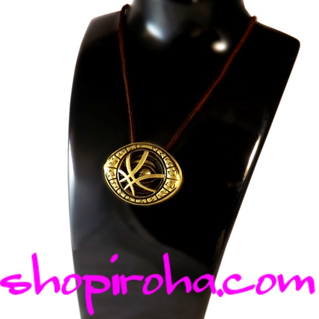 仏陀の目ネックレス Eye Of Agamotto Necklace 魔除けアミュレットネックレス ドクター・ストレンジ Doctor Strangeファン…