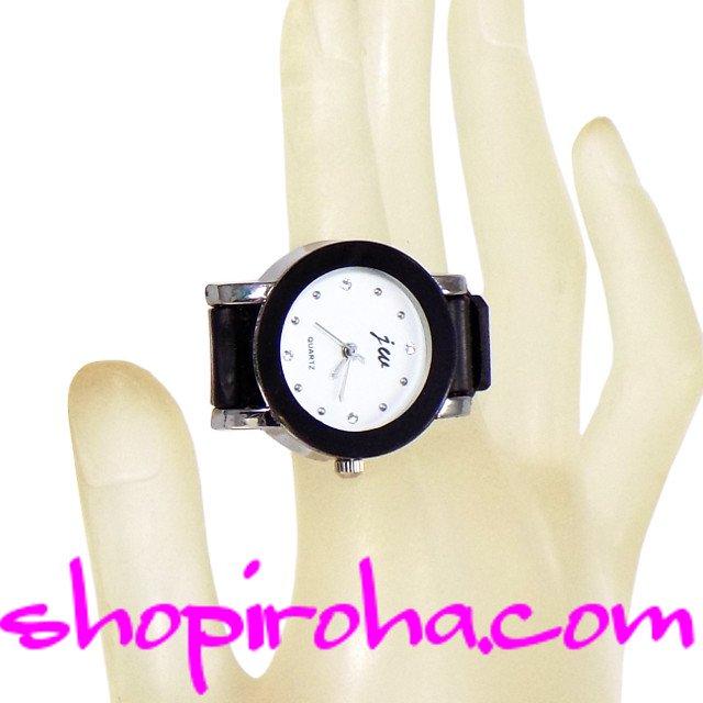 指時計・ベルトタイプ25mm文字盤白・ラインストーン- shopiroha.comオリジナル指輪時計 キラキラ輝くラインストーンを文字盤にしたゴージャスなニューモデルベルトタイプの指時計まるで腕時計をそのまま、ミニチュアにしたような時計です。- shopiroha.com ジュエリー・アクセサリー・通販