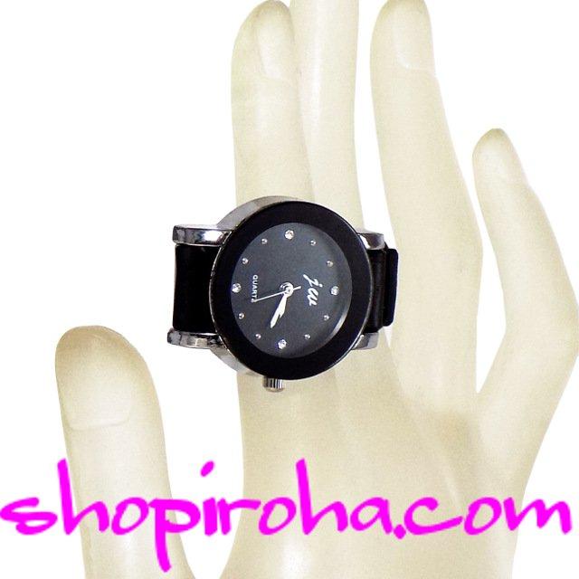 指時計・ベルトタイプ25mm文字盤黒・ラインストーン- shopiroha.comオリジナル指輪時計 キラキラ輝くラインストーンを文字盤にしたゴージャスなニューモデルベルトタイプの指時計まるで腕時計をそのまま、ミニチュアにしたような時計です。- shopiroha.com ジュエリー・アクセサリー・通販