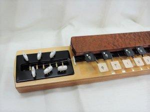 ソプラノ 上級クラス品(玉杢)電気タイプ