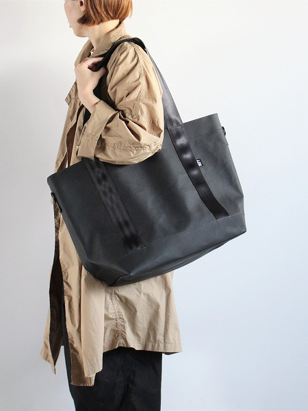 DEFY BAGS CARGO HOLD TOTE / M35 TARP