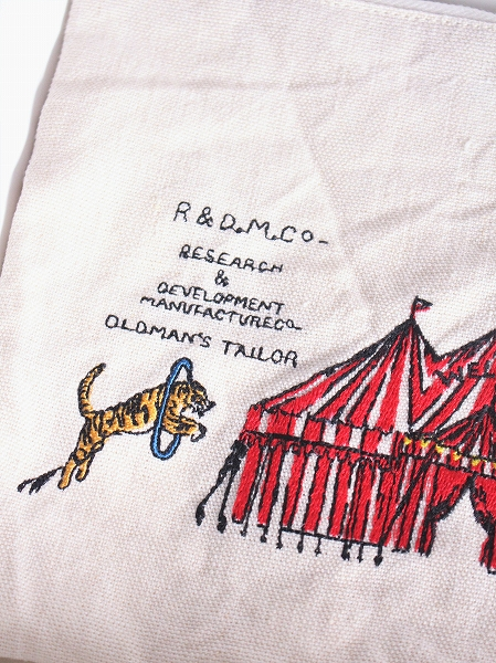 R&D.M.Co- CIRCUS EMBROIDERY POUCH