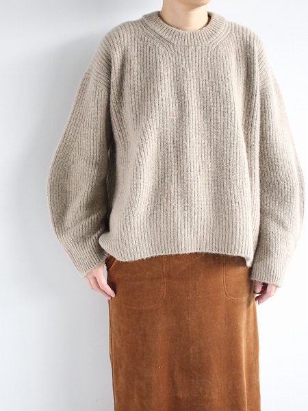 unfil boiled camel sweater