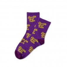 <img class='new_mark_img1' src='https://img.shop-pro.jp/img/new/icons47.gif' style='border:none;display:inline;margin:0px;padding:0px;width:auto;' />(Chocolate Jesus Coffee) ALL OVER COFFEE LOGO SOCKS - PURPLE