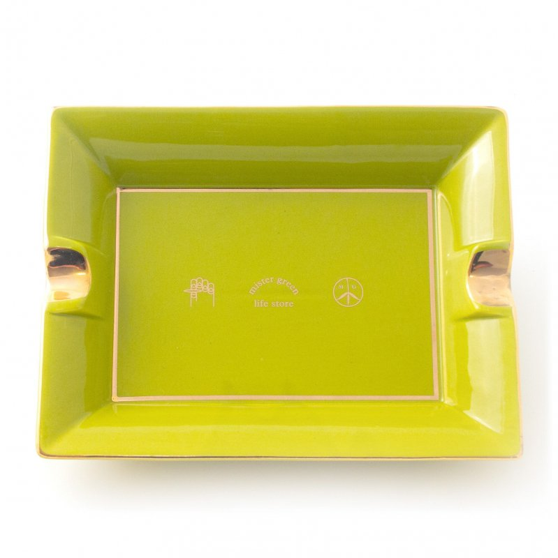 <img class='new_mark_img1' src='https://img.shop-pro.jp/img/new/icons5.gif' style='border:none;display:inline;margin:0px;padding:0px;width:auto;' />(Mister Green) Ceramic Ashtray