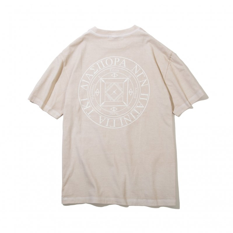 <img class='new_mark_img1' src='https://img.shop-pro.jp/img/new/icons5.gif' style='border:none;display:inline;margin:0px;padding:0px;width:auto;' />(Diaspora Skateboards) Dyed Magic CIrcle Tee - Vanila