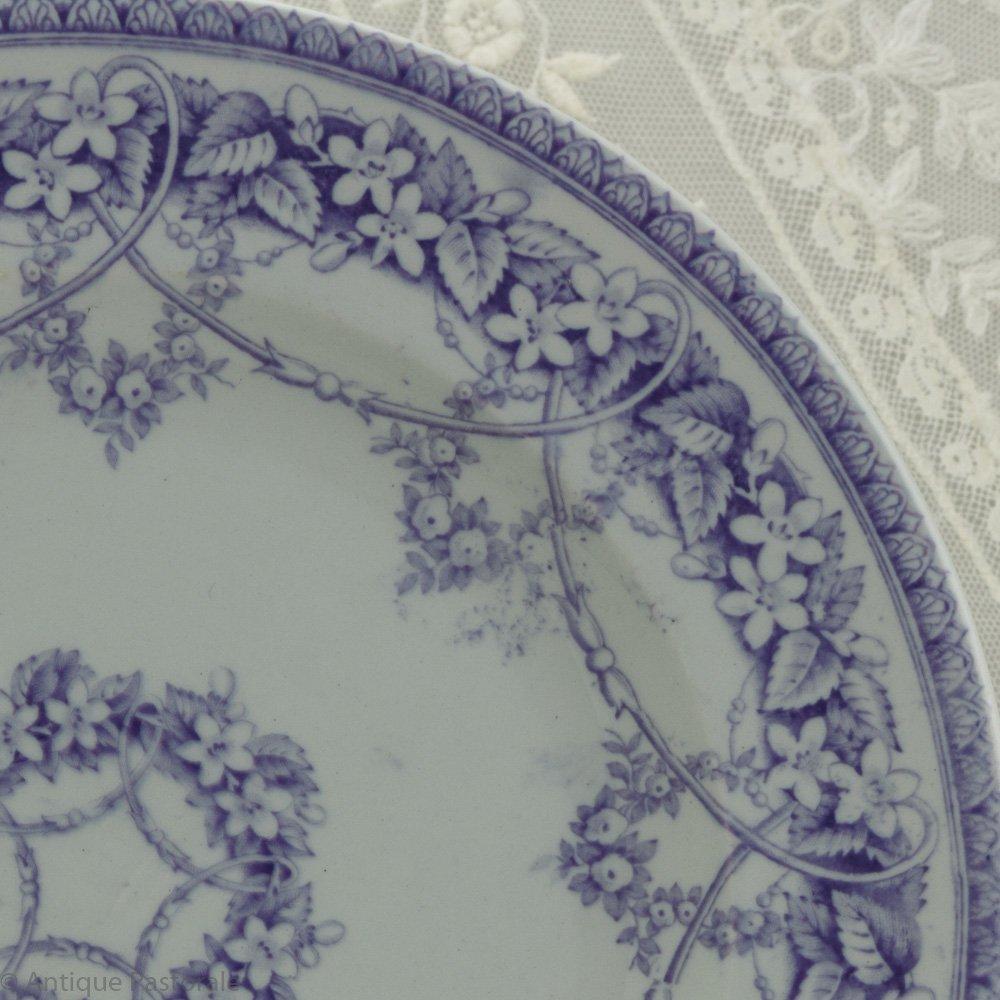 BEST L.P.&Co シャビイなパープル&ホワイト 野の花のガーランド デザートプレート A 1850年頃