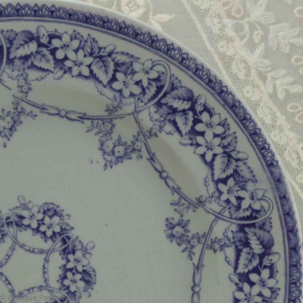 BEST L.P.&Co シャビイなパープル&ホワイト 野の花のガーランド デザートプレート D 1850年頃