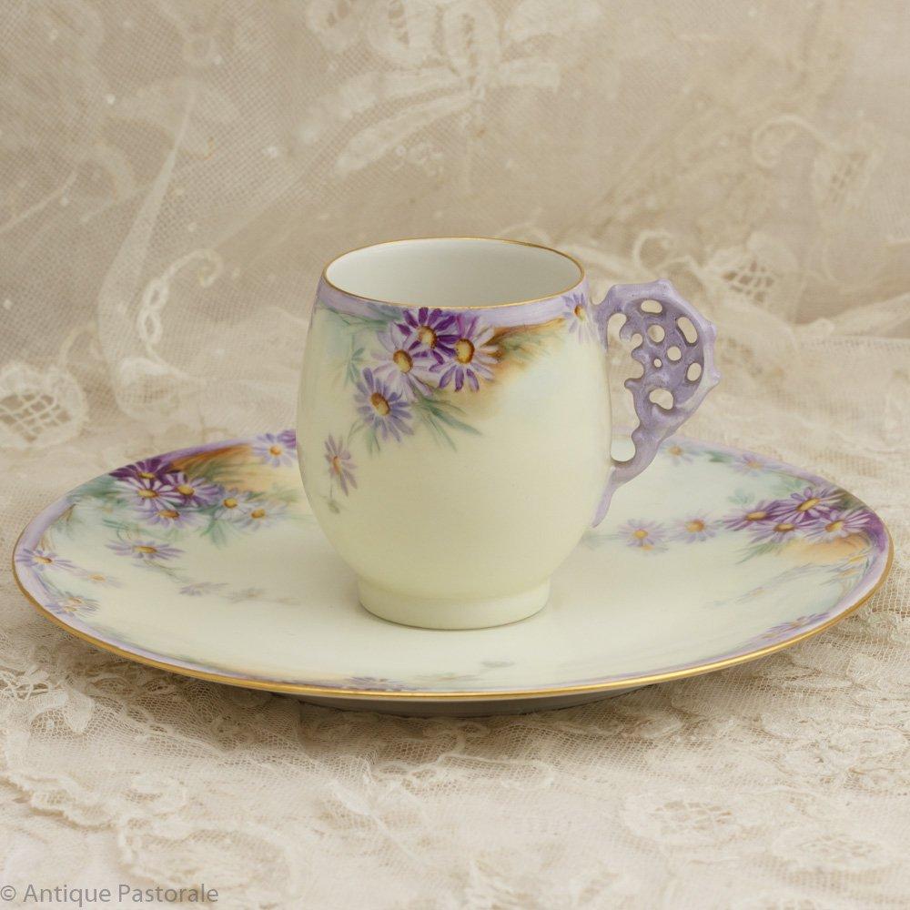 リモージュ T&V  薄紫のひなぎく 卵型 カップ&ソーサー 1911 Xmas
