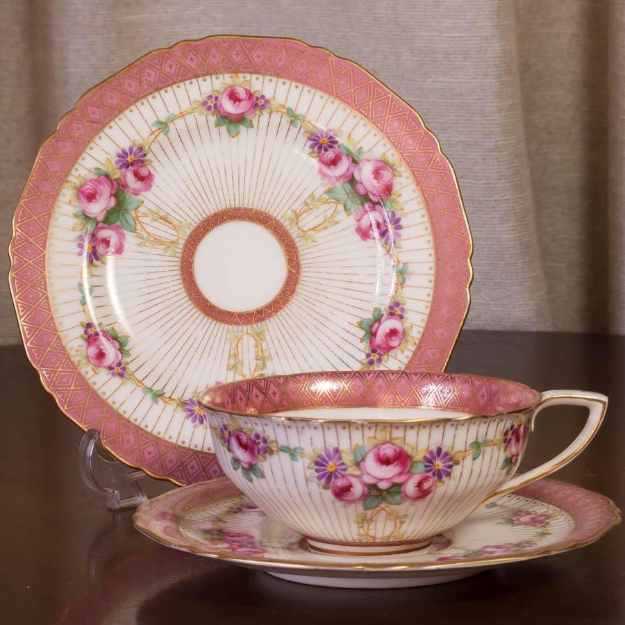 ロイヤルウースター カップ&ソーサー  ハンドペイント 非常に優美な薔薇のティートリオ
