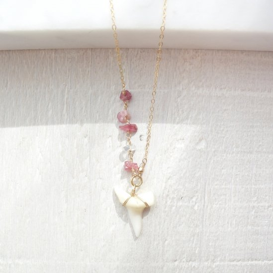 〈Shark tooth necklace〉Pink tourmaline