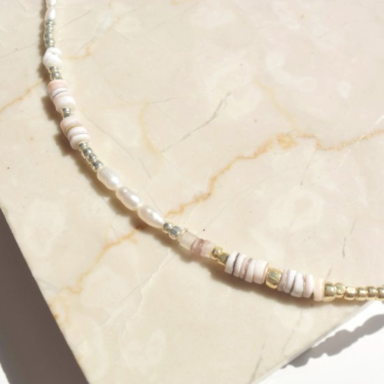 <img class='new_mark_img1' src='https://img.shop-pro.jp/img/new/icons14.gif' style='border:none;display:inline;margin:0px;padding:0px;width:auto;' />〈 Natural Beads Necklace〉1