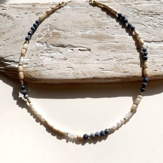 <img class='new_mark_img1' src='https://img.shop-pro.jp/img/new/icons14.gif' style='border:none;display:inline;margin:0px;padding:0px;width:auto;' />〈 Natural Beads Necklace〉3