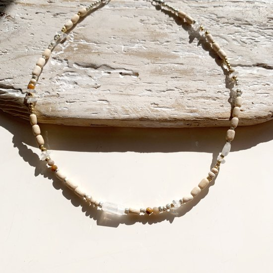 <img class='new_mark_img1' src='https://img.shop-pro.jp/img/new/icons14.gif' style='border:none;display:inline;margin:0px;padding:0px;width:auto;' />〈 Natural Beads Necklace〉5 vegan