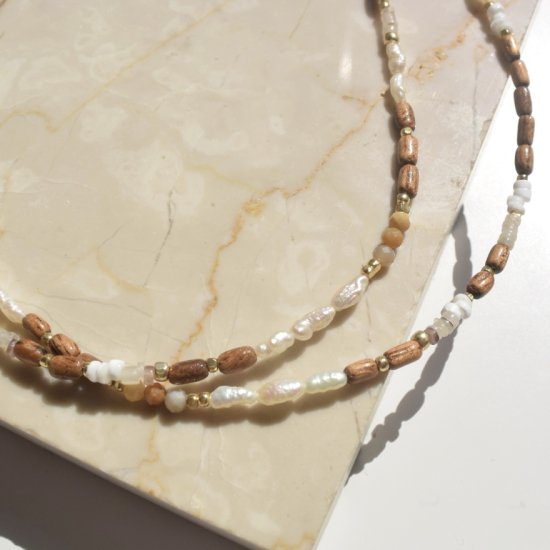 <img class='new_mark_img1' src='https://img.shop-pro.jp/img/new/icons14.gif' style='border:none;display:inline;margin:0px;padding:0px;width:auto;' />〈 Natural Beads Necklace〉6