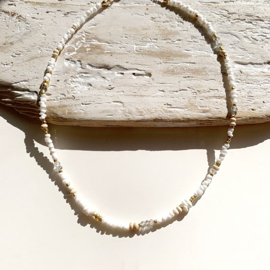 <img class='new_mark_img1' src='https://img.shop-pro.jp/img/new/icons14.gif' style='border:none;display:inline;margin:0px;padding:0px;width:auto;' />〈 Natural Beads Necklace〉8