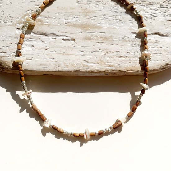 <img class='new_mark_img1' src='https://img.shop-pro.jp/img/new/icons14.gif' style='border:none;display:inline;margin:0px;padding:0px;width:auto;' />〈 Natural Beads Necklace〉9