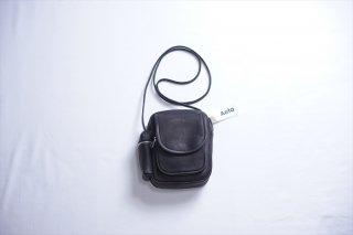 Aeta(アエタ) SHOULDER POUCH/Black