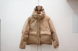 AURALEE(オーラリー)Light Finx Polyester Down Jacket/Light Brown