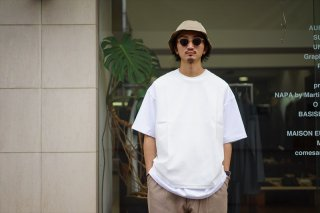 UNIVERSAL PRODUCTS(ユニバーサルプロダクツ)Pique Vest/White/Navy