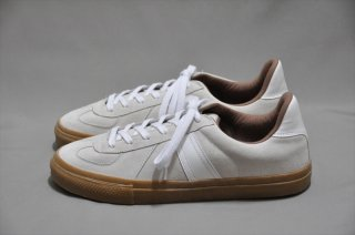 REPRODUCTION OF FOUND(リプロダクション オブ ファウンド)German Trainer SB/White Suede