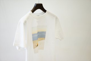 POET MEETS DUBWISE(ポエトミーツ ダブワイズ)Dawn Photo Inkjet T-Shirt/White