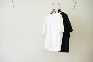 INVERT(インバート)Back Pleated Short Sleeve Tee/White/Black