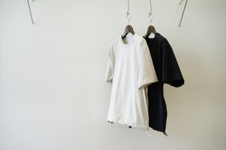 UNIVERSAL PRODUCTS(ユニバーサルプロダクツ)Crew Neck Nylon Shirt/Gray/Black
