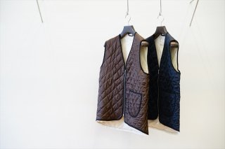 CAMIEL FORTGENS(カミエルフォートヘンス) CF.12.05.02 QUILTED WORKER VEST VISCOSE WOVEN DOWN/Brown/Navy