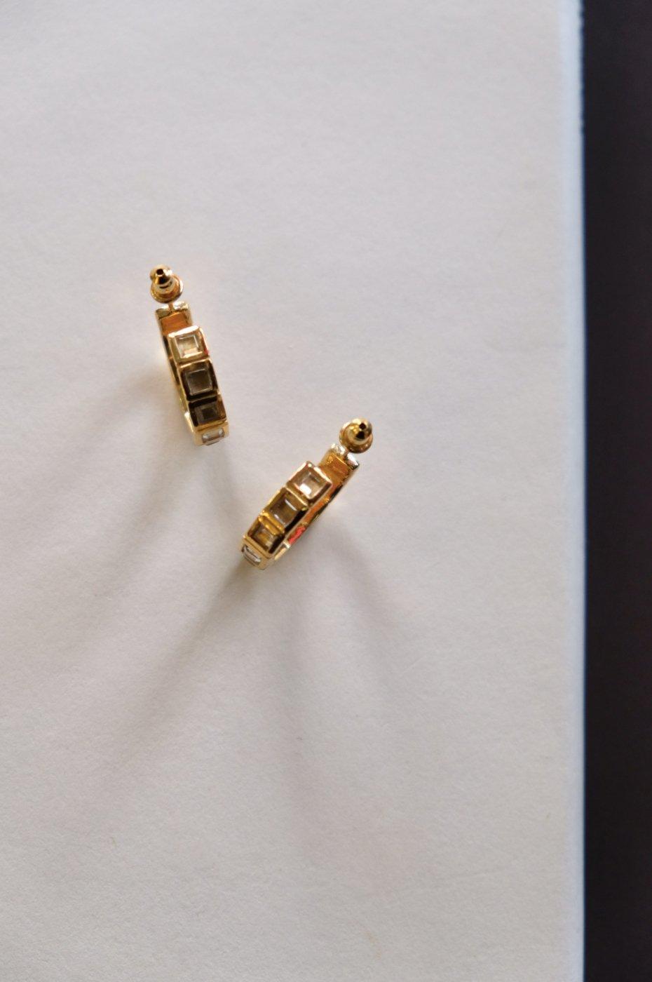 R.ALAGAN ララガン-SMALL TILE EARRINGS-GOLD-
