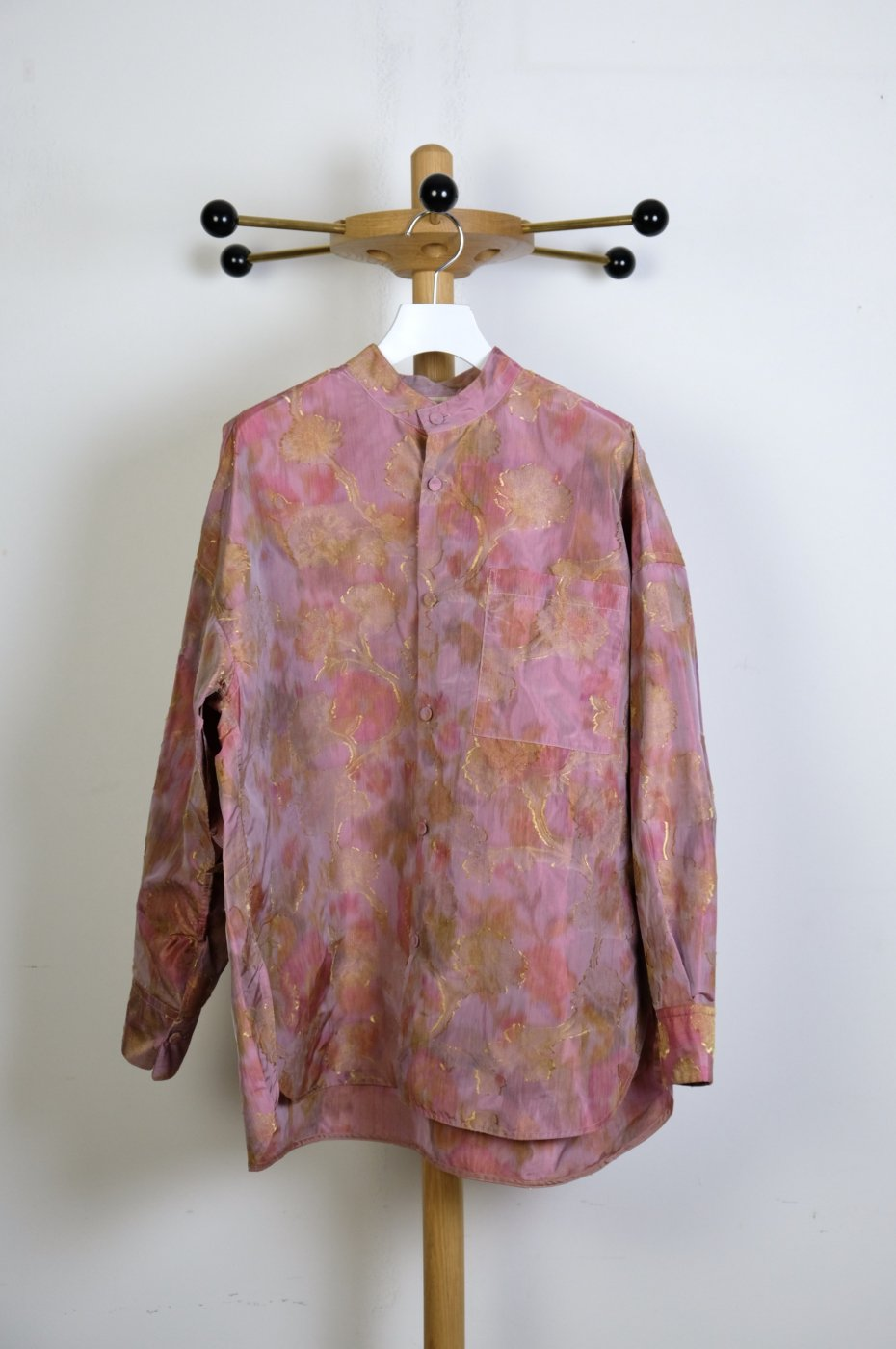 <img class='new_mark_img1' src='https://img.shop-pro.jp/img/new/icons8.gif' style='border:none;display:inline;margin:0px;padding:0px;width:auto;' />CURRENTAGE-IKAT JQ STAND COLLAR SHIRT-GARDEN