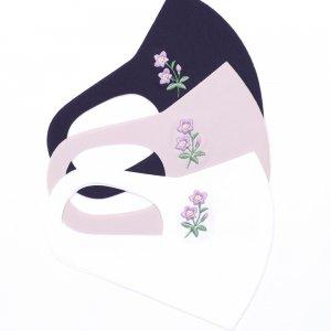 軽くてサラサラ  ここちいいマスク  刺繍入り / リンドウ