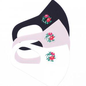 軽くてサラサラ  ここちいいマスク  刺繍入り / 雪椿