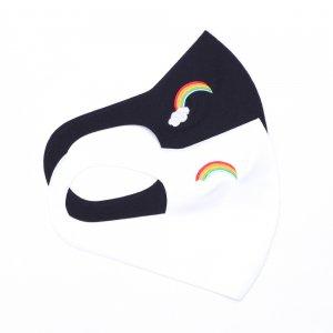 さらりとした肌触りが気持ちいい 心地いいマスク  刺繍入り / 虹