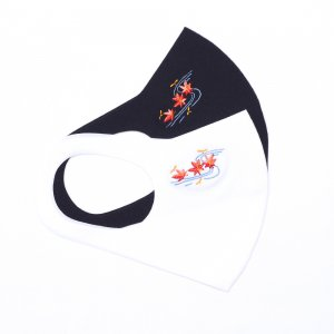 ここちいいマスク  刺繍入り / 流水紅葉