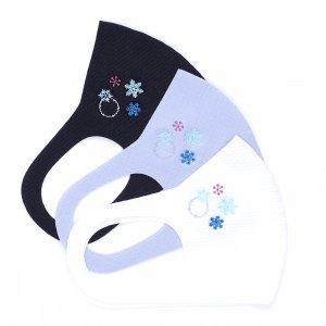 肌触りがいいニット素材  刺繍入りワッフルマスク  雪の結晶 / 3カラー