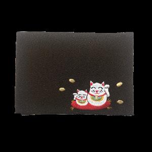 総柄2つ折りティッシュケース・刺繍 <br>【招き猫・黒】
