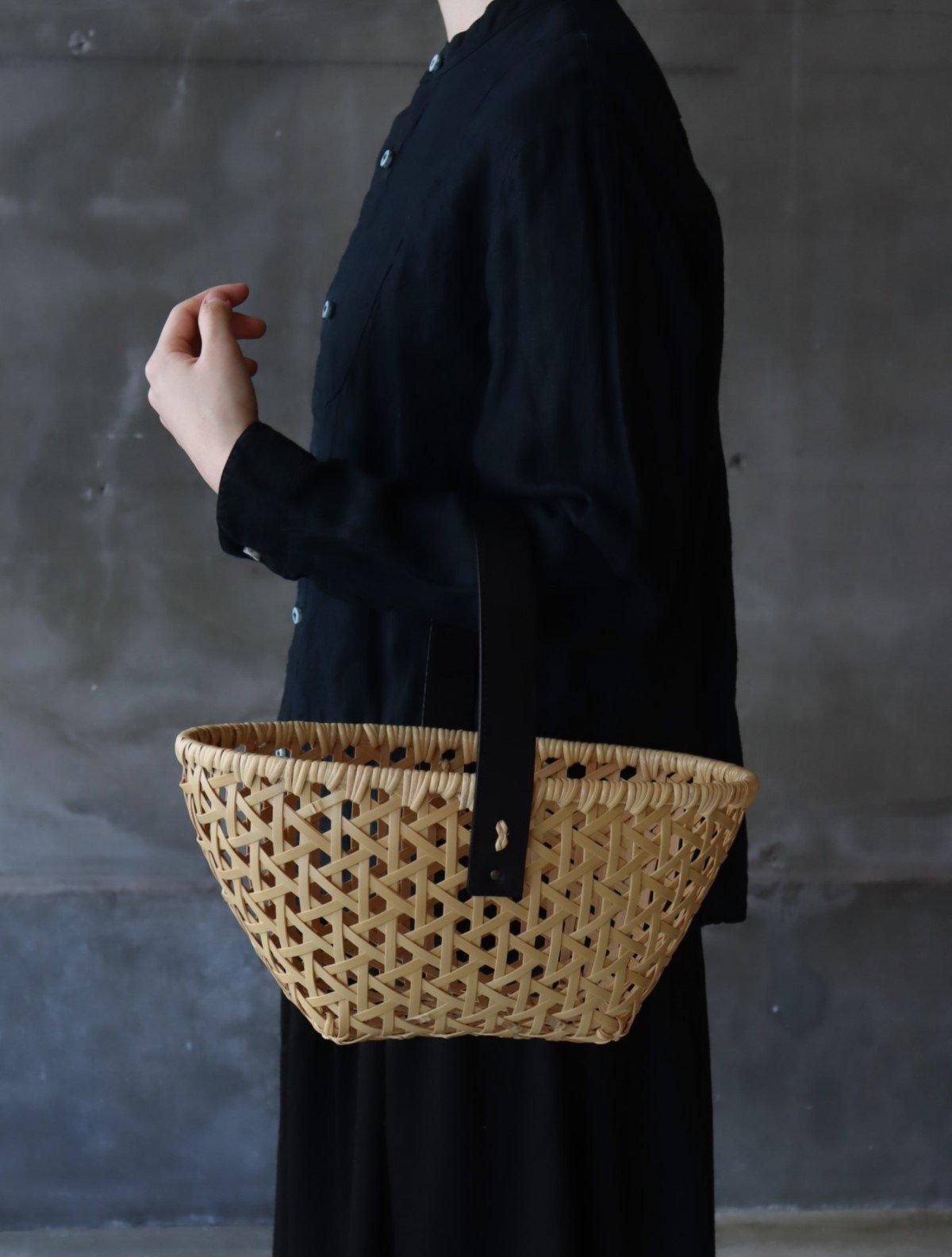 �見八州洋 竹のバスケット 革持ち手 ブラック