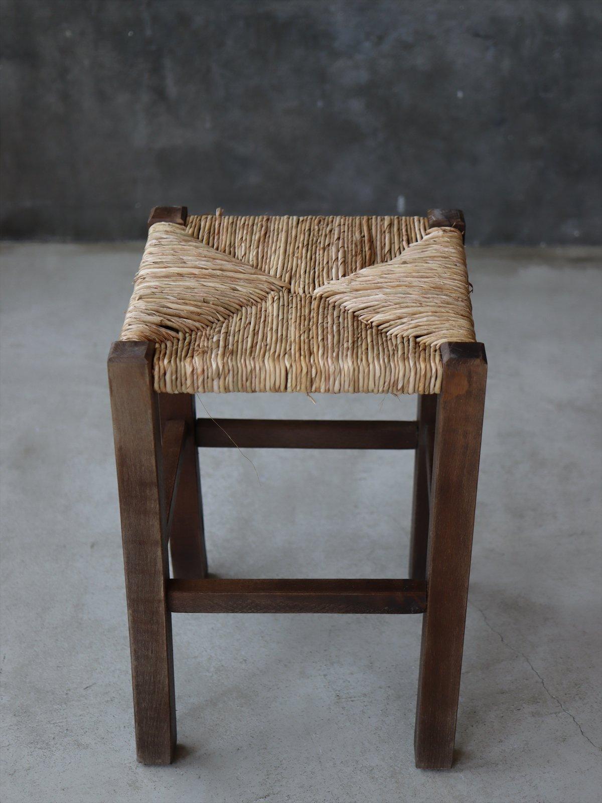 ルーマニア 縄編みスツール